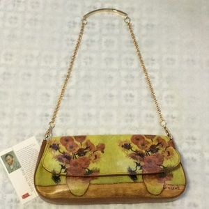 Woman's leather handbag
